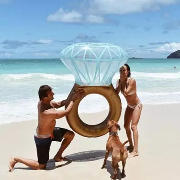 Inflatable Diamond Ring Pool Float 200cm - Free Shipping Worldwide