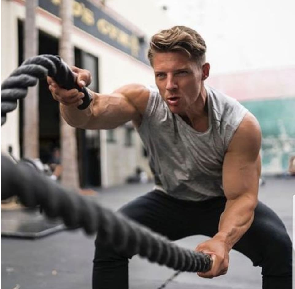 10 Benefits of training with Battle Ropes