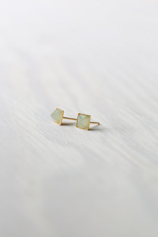 Pyramid Stone Stud Earrings