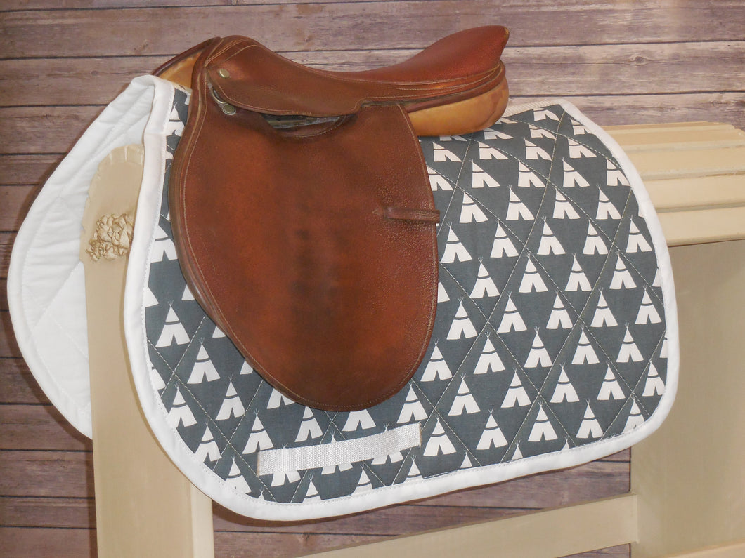 Vintage Grey with White Teepees AP Saddle Pad
