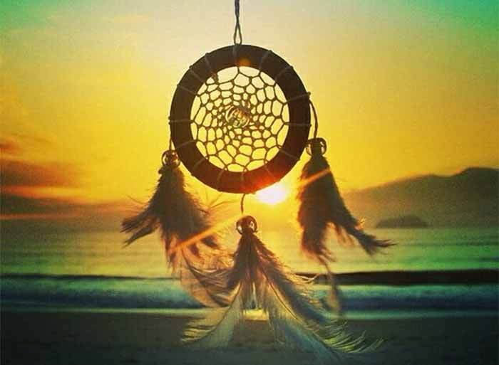 #017 Dreamcatchers