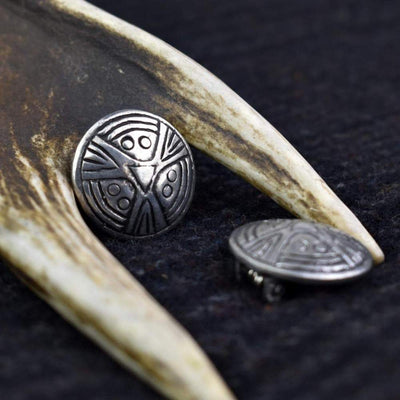 Brooch Viking Tiny Face Hand-Crafted Pewter Disc Brooch Ancient Treasures Ancientreasures Viking Odin Thor Mjolnir Celtic Ancient Egypt Norse Norse Mythology