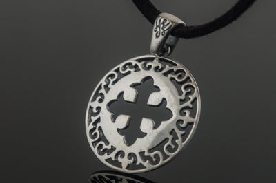 Celtic Sterling Silver Cross Pendant Ancient Treasures Ancientreasures Viking Odin Thor Mjolnir Celtic Ancient Egypt Norse Norse Mythology