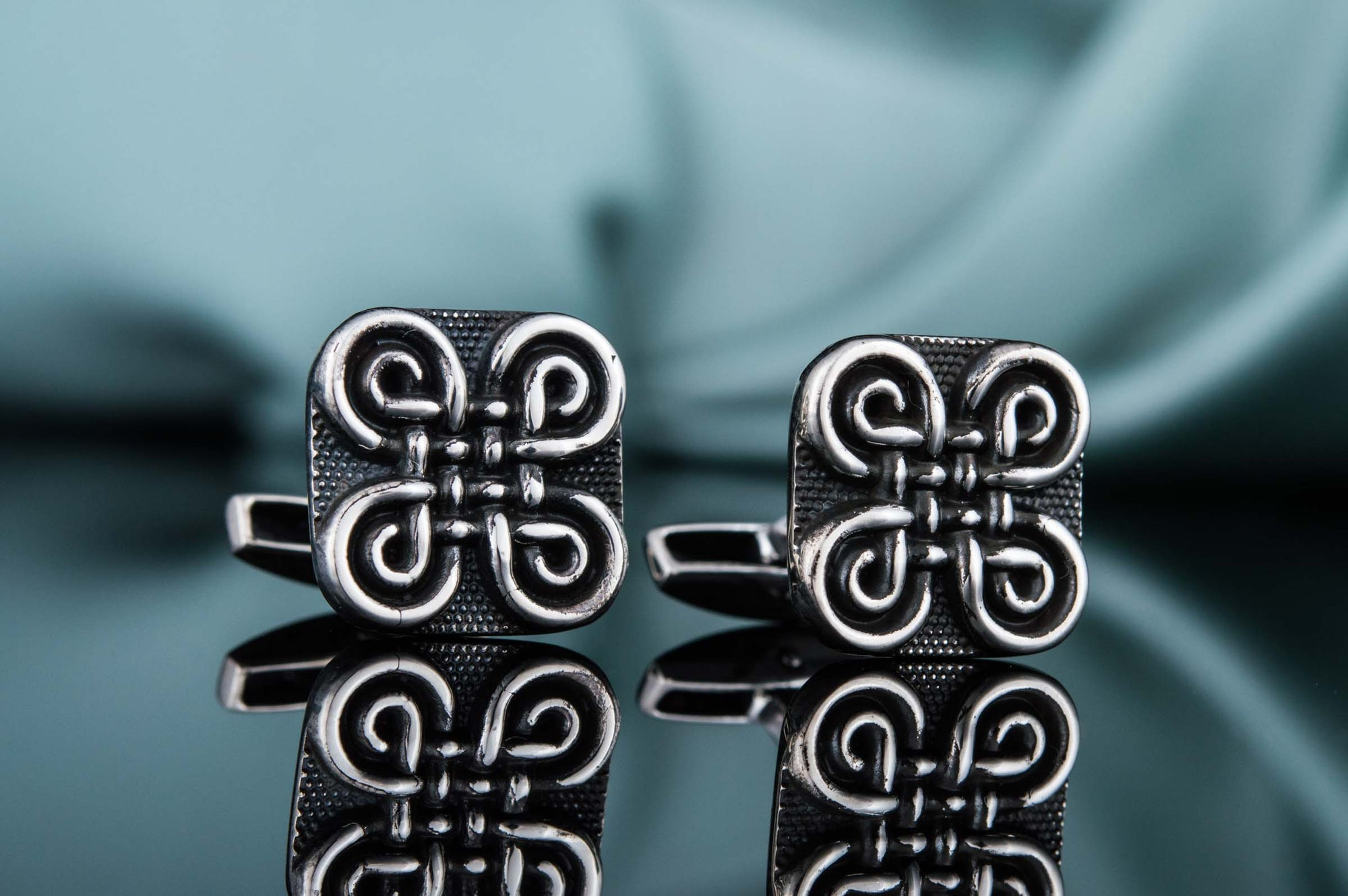 Cufflinks Celtic Shamrock Knot Unique Sterling Silver Cufflinks Ancient Treasures Ancientreasures Viking Odin Thor Mjolnir Celtic Ancient Egypt Norse Norse Mythology