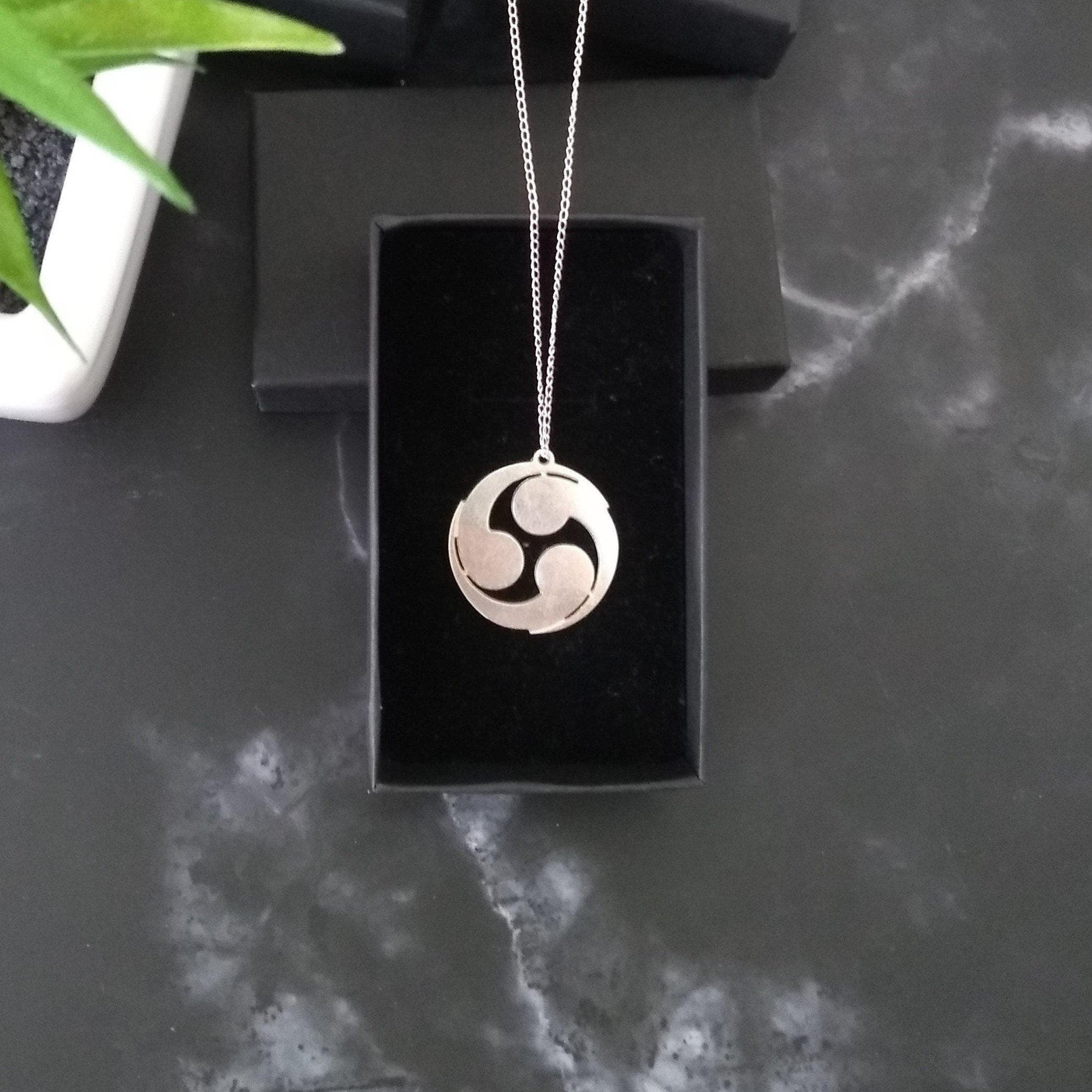Feudal Japan Tomoe Symbol Sterling Silver Pendant Necklace Ancient Treasures Ancientreasures Viking Odin Thor Mjolnir Celtic Ancient Egypt Norse Norse Mythology