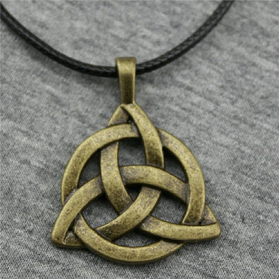 Necklace Antique Bronze Plated Triquetra Chain Necklace Ancient Treasures Ancientreasures Viking Odin Thor Mjolnir Celtic Ancient Egypt Norse Norse Mythology