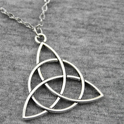 Necklace Antique Silver Plated Triquetra Chain Necklace Ancient Treasures Ancientreasures Viking Odin Thor Mjolnir Celtic Ancient Egypt Norse Norse Mythology