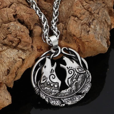 Pendant Necklaces silver-Metal-chain Geri and Freki Amulet Necklace