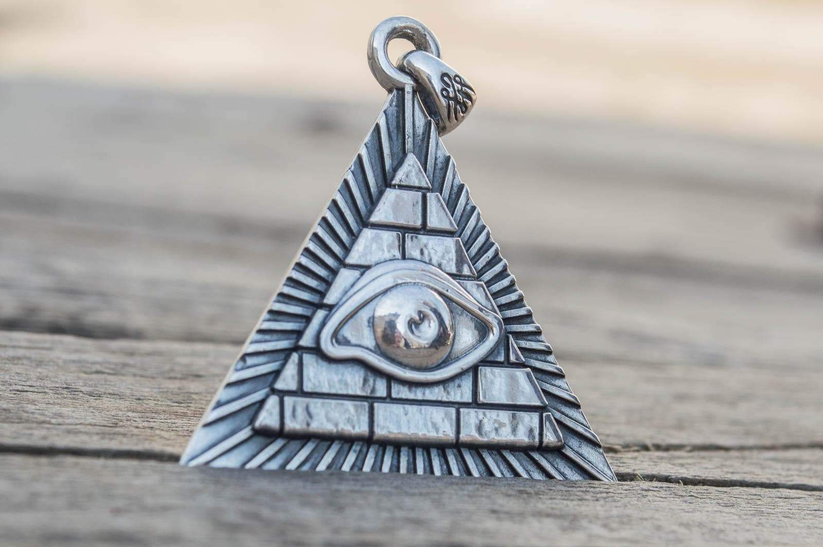 Pendants & Necklaces Freemason Eye of Providence Sterling Silver Handcrafted Pendant Ancient Treasures Ancientreasures Viking Odin Thor Mjolnir Celtic Ancient Egypt Norse Norse Mythology