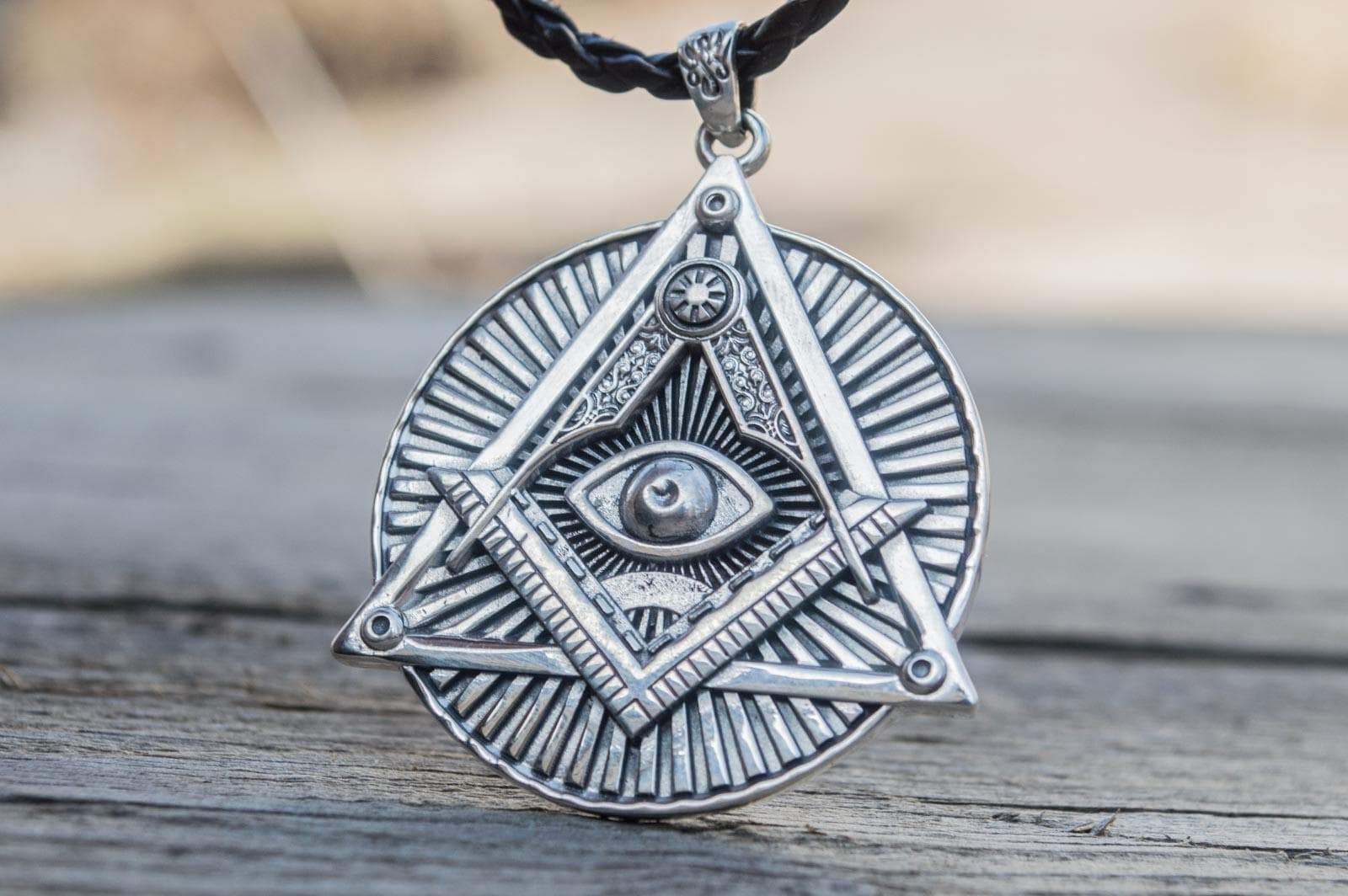 Pendants & Necklaces Freemason Square & Compass Eye of Providence Sterling Silver Pendant Ancient Treasures Ancientreasures Viking Odin Thor Mjolnir Celtic Ancient Egypt Norse Norse Mythology