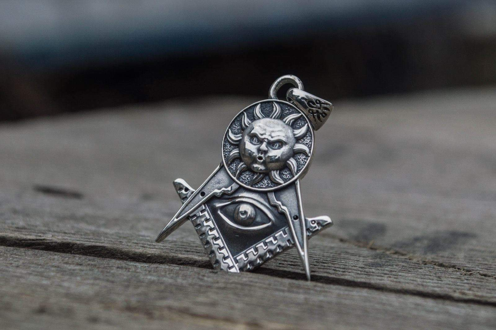 Pendants & Necklaces Masonic Compass All Seeing Eye Sterling Silver Pendant with Sun Ancient Treasures Ancientreasures Viking Odin Thor Mjolnir Celtic Ancient Egypt Norse Norse Mythology