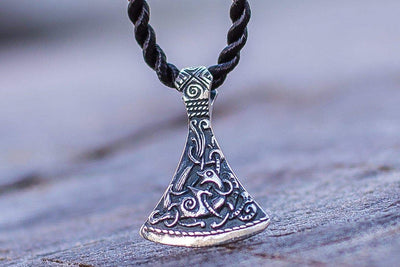 Pendants & Necklaces SILVER Viking Axe Small Pendant with Mammen Style Ornament Ancient Treasures Ancientreasures Viking Odin Thor Mjolnir Celtic Ancient Egypt Norse Norse Mythology