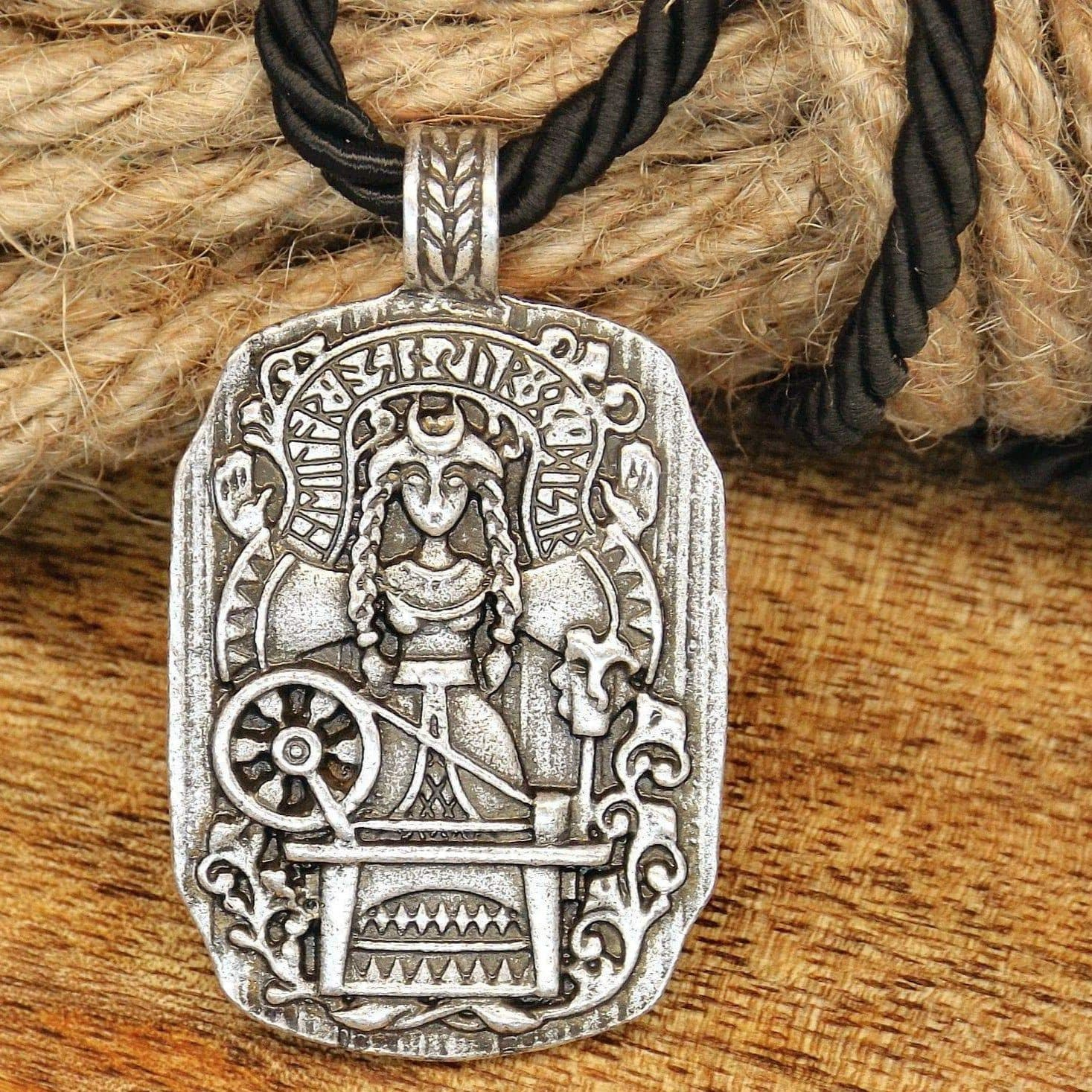 Vikings Mother Goddess Frigg Protection Amulet Necklace & Pendant