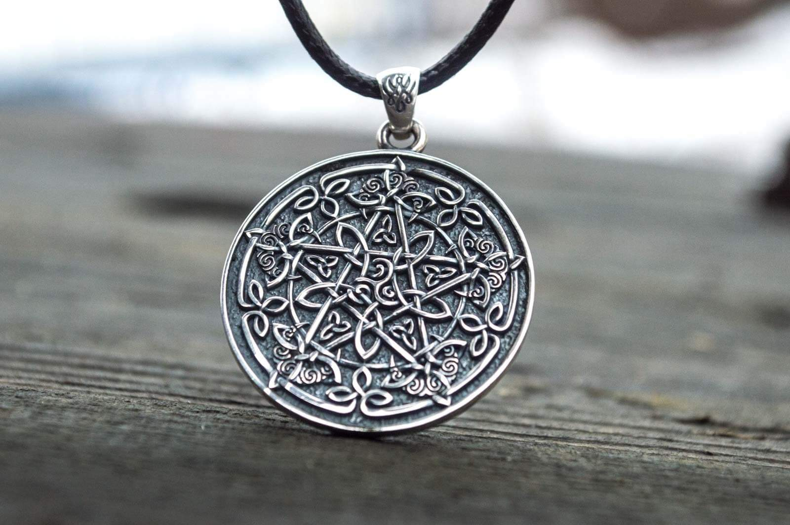 Pendants & Necklaces Wiccan Sterling Silver Pentagram Necklace with Ornament Ancient Treasures Ancientreasures Viking Odin Thor Mjolnir Celtic Ancient Egypt Norse Norse Mythology