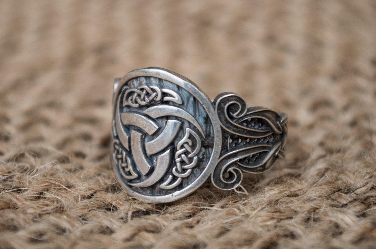 Viking Norse Odin Horn Sterling Silver Ring with Knotted Ornament