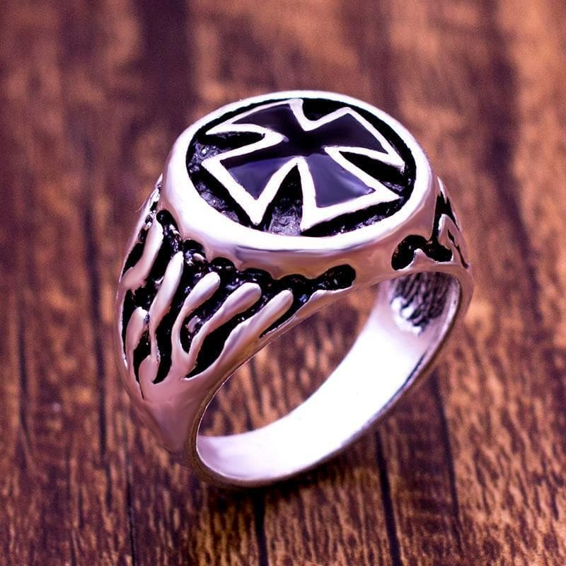 Knights Templar Armor Black Cross Ring