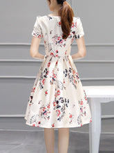 Inverted Pleat Floral Printed Puff Sleeve Round Neck Skater Dress