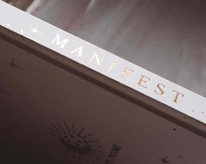 DreamyMoons - Manifest Book