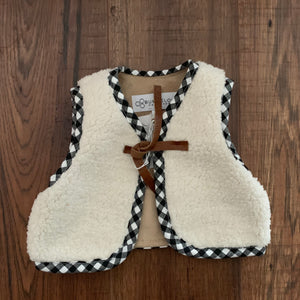 Sherpa Vest - Two|Three|Four