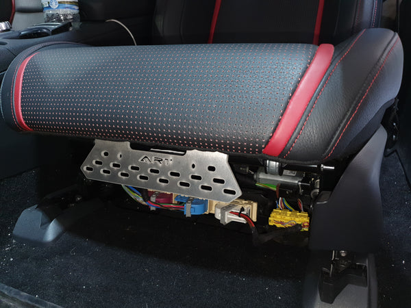 Fire extinguisher Bracket to suit Mercedes-Benz AMG A45, CLA45 with sports seats