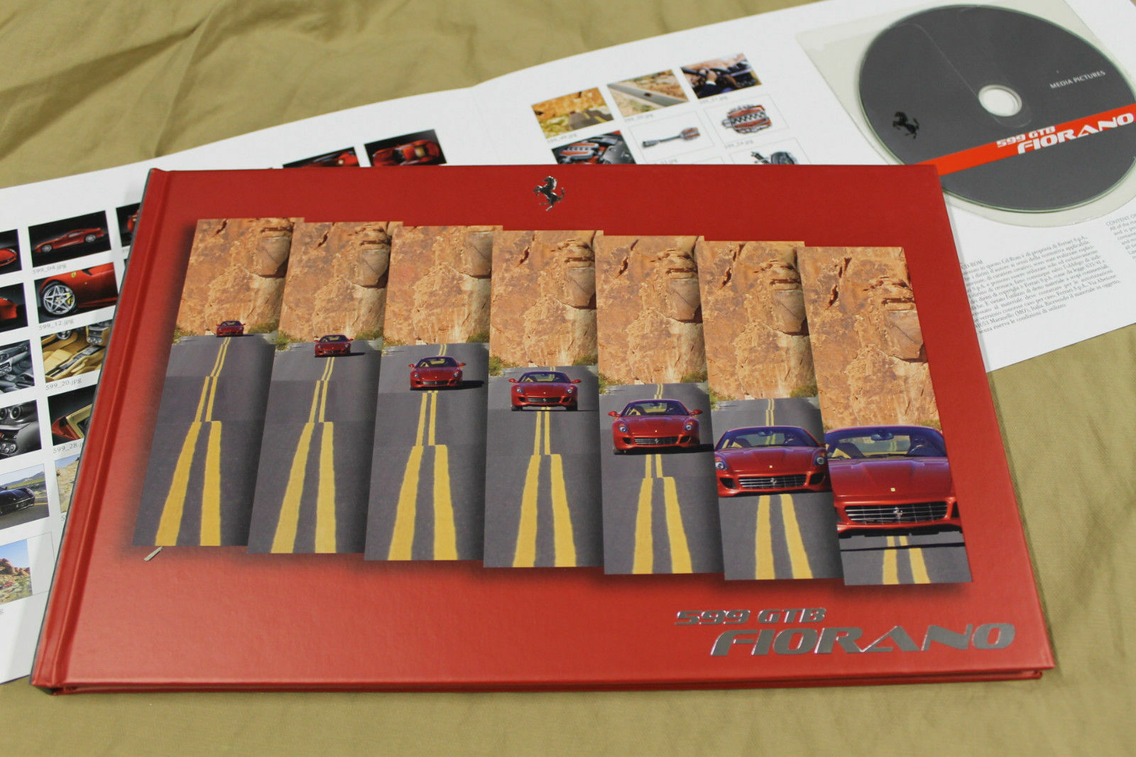 GENUINE FERRARI 599 GTB FIORANO Press kit brochure Prospekt catalogue