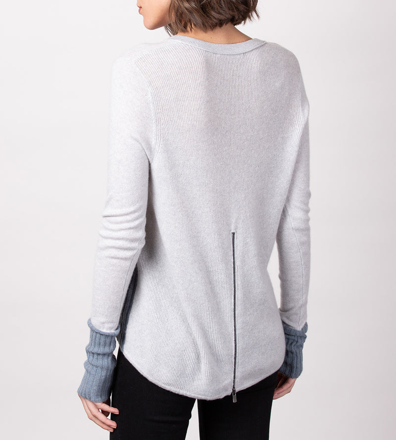 Zip Back Colorblock V-Neck