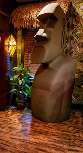 Extra large Moai sculpture