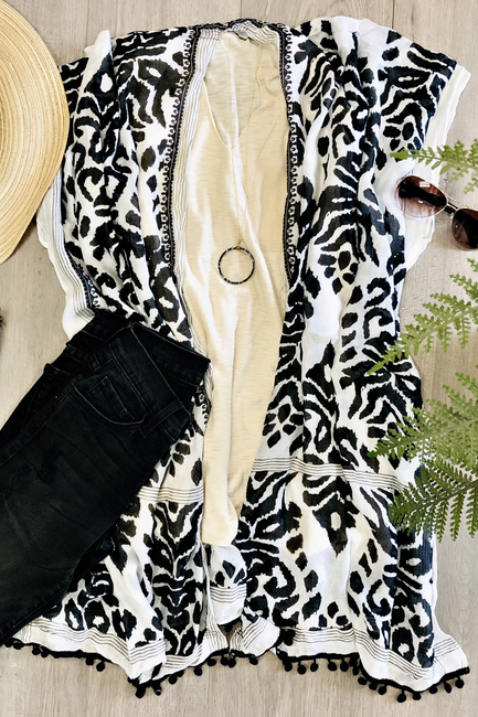 Black and White Kilim Print Kimono - Melissa Jean Boutique