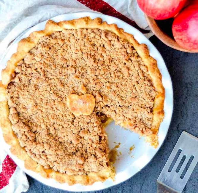 My Mother's Best Apple Crumble Pie