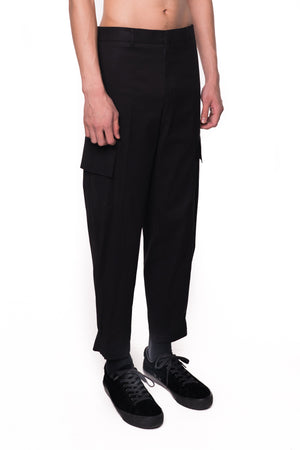BLACK CARGO PANTS WITH LEG OPENING ADJUSTER