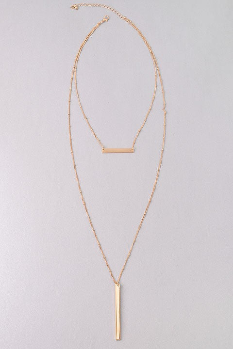 GlamQ Carrie Necklace