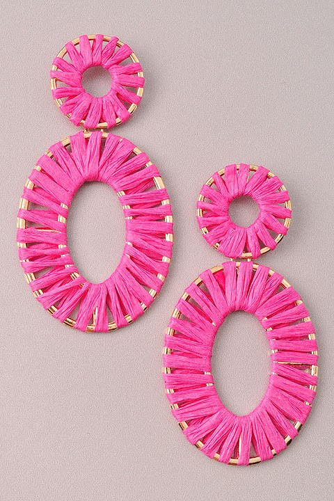 GlamQ Sophia Earrings-Pink