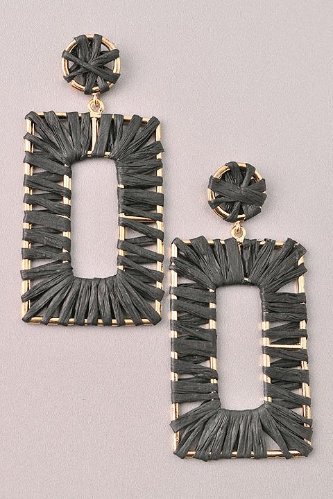 GlamQ Grace Earrings-Black