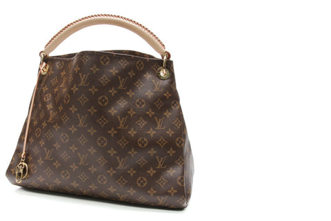 How to Choose the Right Louis Vuitton Tote Bag – Couture USA 262c7eb505b68