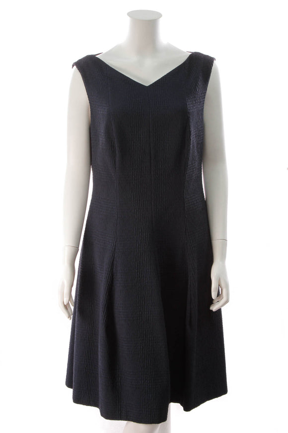 Talbot Runhof Pleated Sleeveless dress Navy Size 14