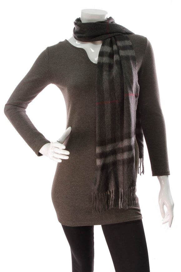 Burberry Giant Check Scarf Charcoal Gray