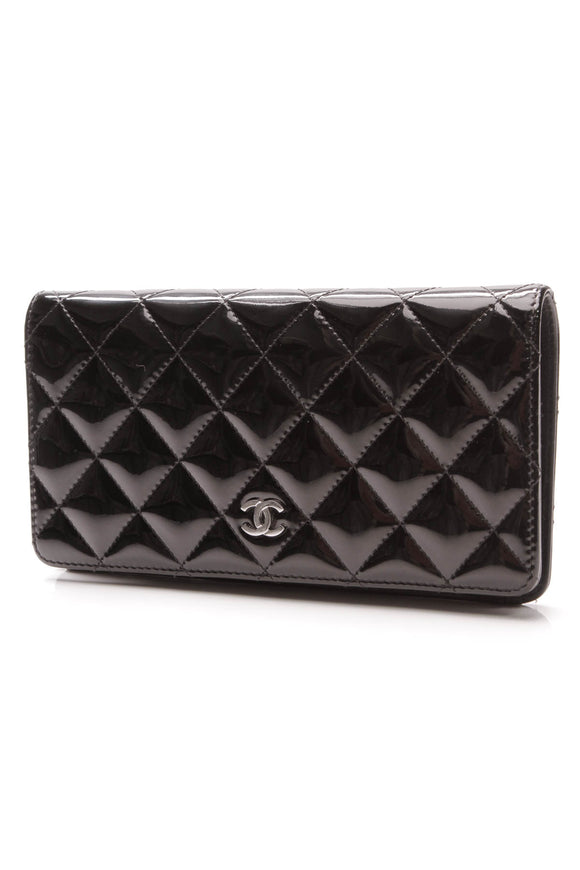 Chanel Yen Wallet Black