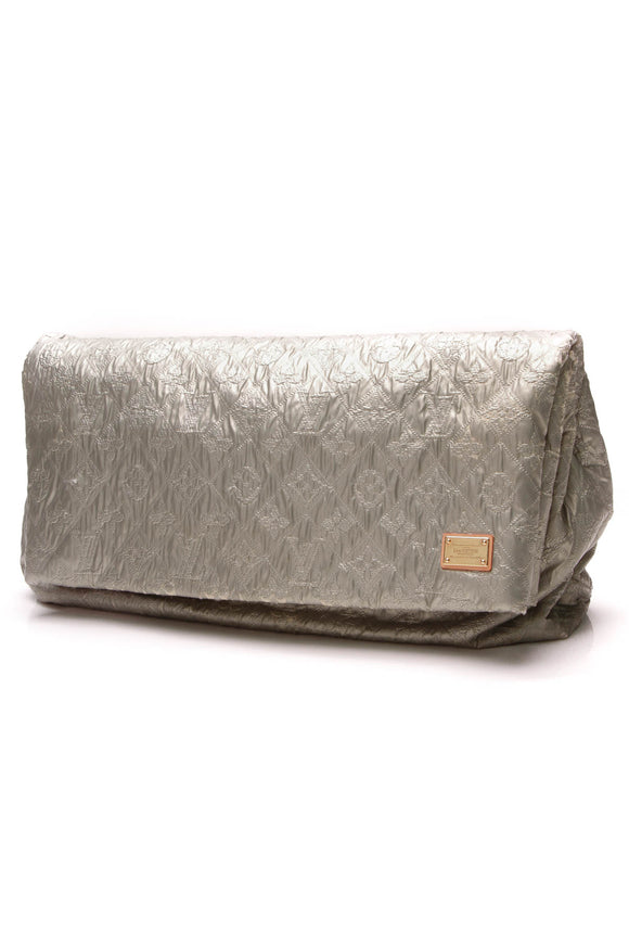 Louis Vuitton Limelight GM Clutch Perle Silver Gold