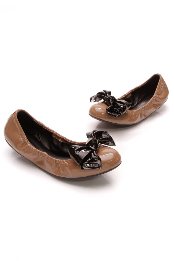 Prada Bow Ballet Flats Nude Patent Leather Size 38.5