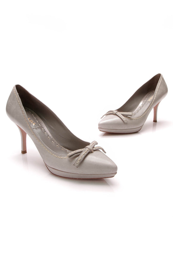 Prada Bow Pointed Toe Heels Gray Size 40