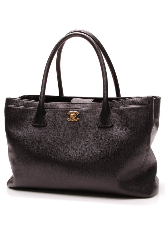 Chanel Cerf Shopping Tote Bag Black