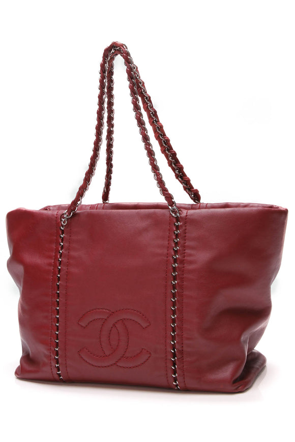 Chanel Luxe Ligne Tote Bag Red Calfskin