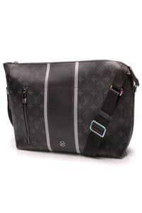Louis Vuitton Fragment Apollo MM Messenger Bag Monogram Eclipse