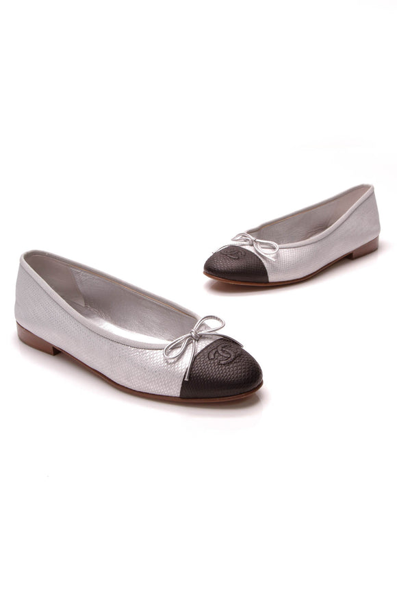 Chanel Embossed Cap-Toe Ballerina Flats Silver Black Size 37.5