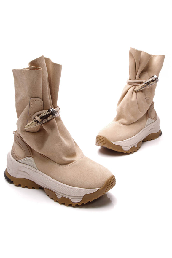 Coach Toggle Sneaker Boot Light Tan Size 8
