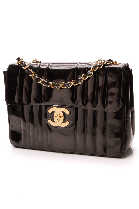 Chanel Vintage Jumbo Flap Bag Black Patent