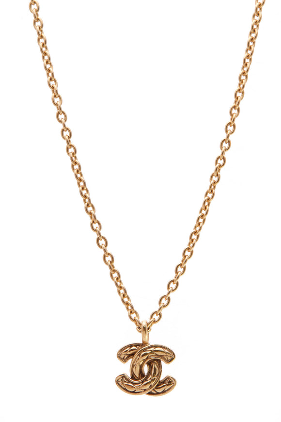Chanel Vintage Quilted CC Necklace Gold