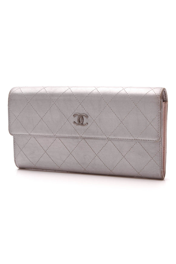 Chanel Quilted Continental Snap Wallet Silver