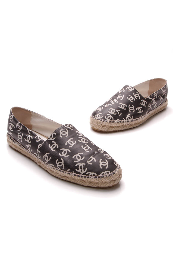 Chanel Printed CC Espadrille Flats Black Size 40