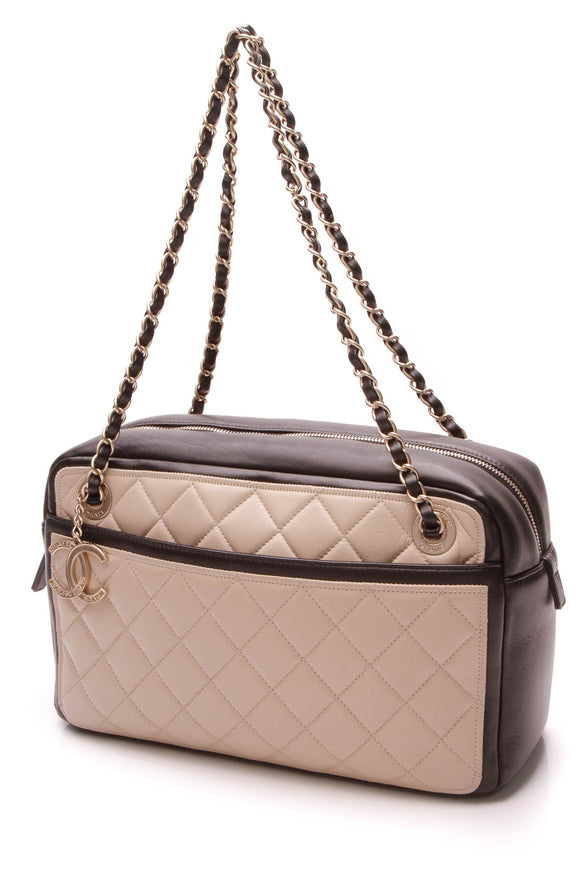 Chanel Quilted Graphic Camera Case Bag - Beige/Black